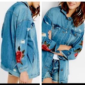 EXPRESS Boyfriend Denim Jacket w/Rose Embroidery